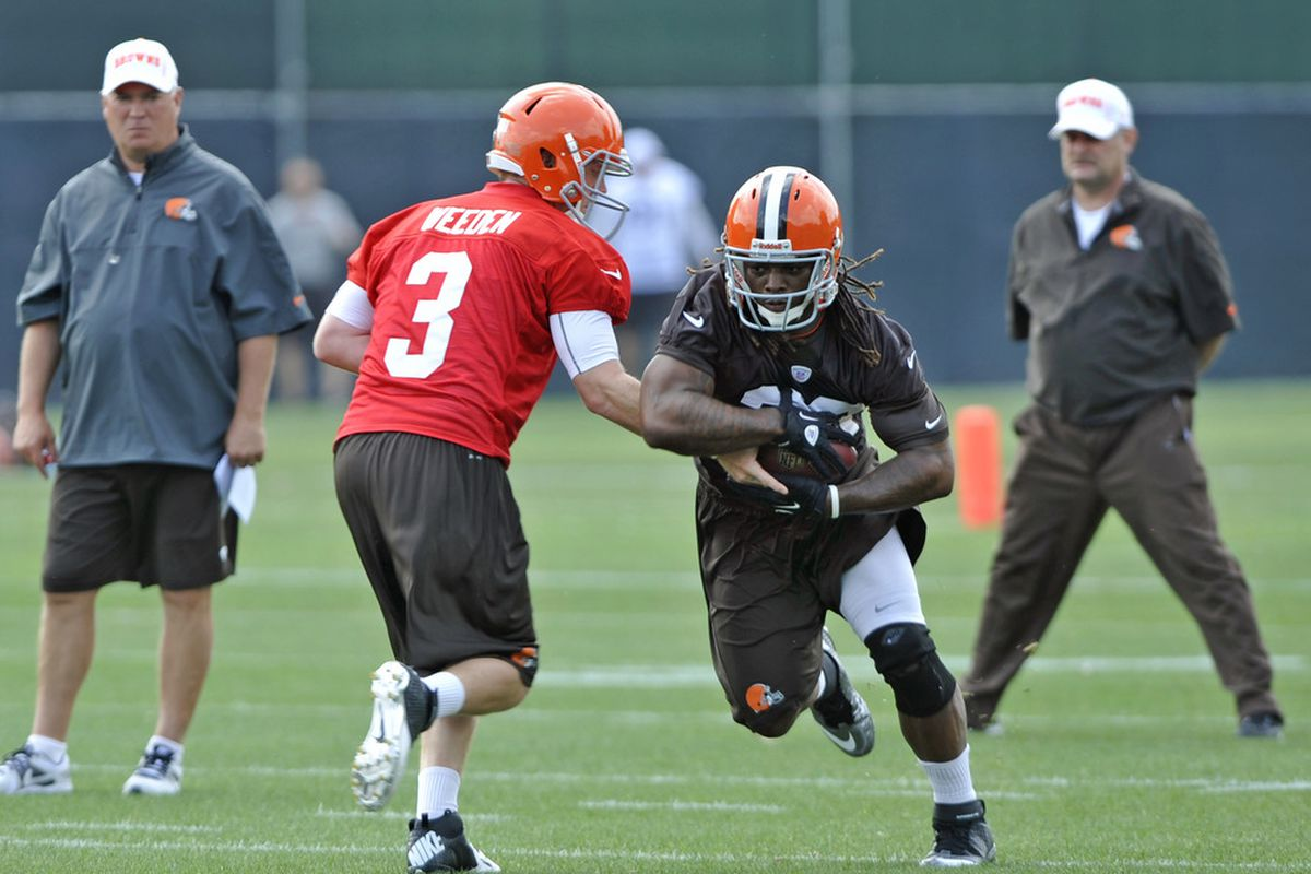 The Browns will be doing a lot of this in 2012. Mandatory Credit: David Richard-US PRESSWIRE