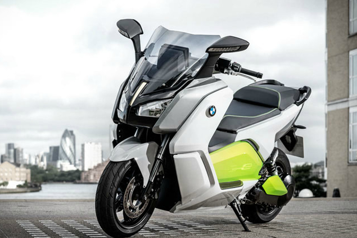 Bmw S Stylish Electric Scooter Shown Off In New Video Can Go 62