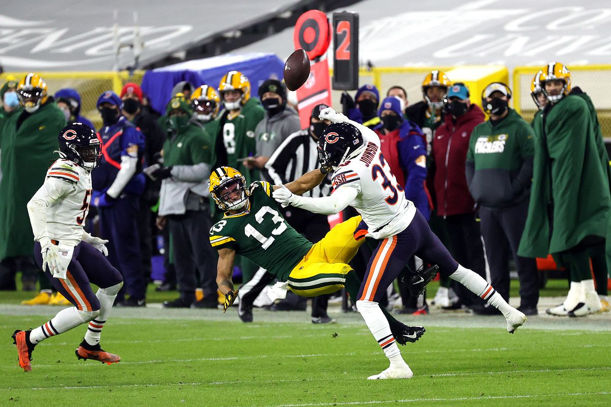Bears rookie cornerback Jaylon Johnson (33) will miss his second consecutive game with a shoulder injury when the Bears play the Jaguars on Sunday in Jacksonville.