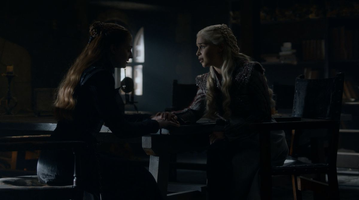 Game of Thrones S08E02 Dany and Sansa