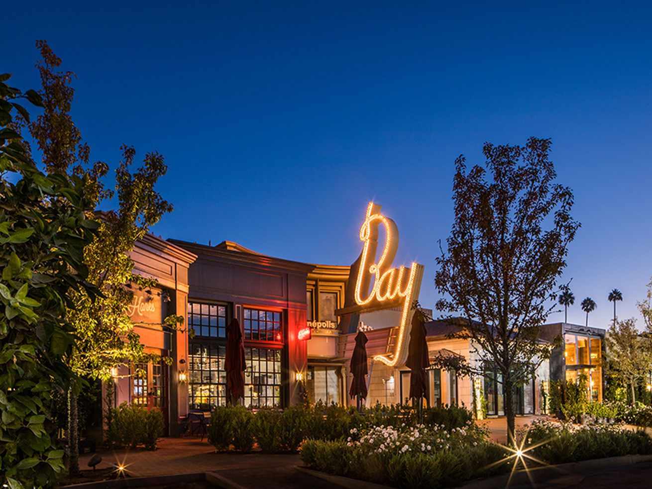 The Bay Theatre by Cinépolis Luxury Cinemas