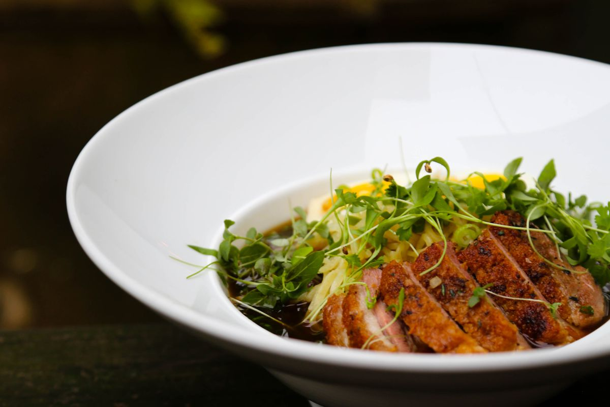 Restaurant Eve's ramen dish
