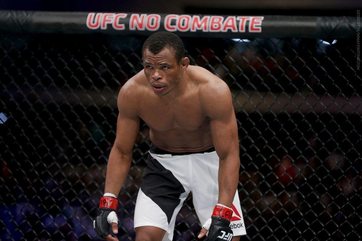 UFC 198 photos