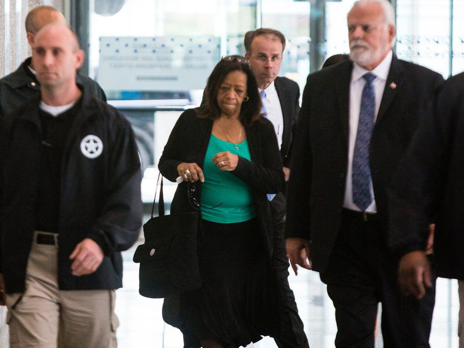 Former Chicago Schools CEO Barbara Byrd-Bennett leaves the Dirksen Federal Courthouse after she was sentenced on bribery charges in 2017. File Photo. | James Foster/For the Sun-Times