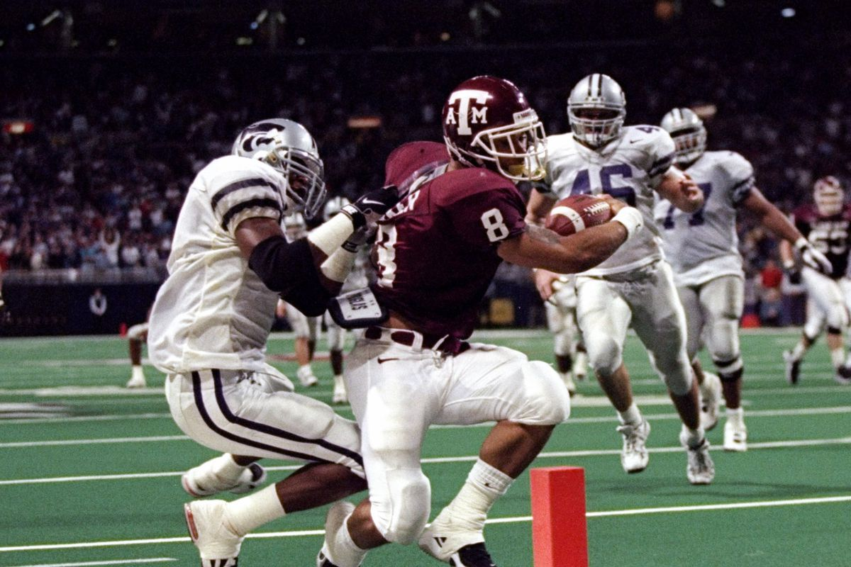 The Texas A M Aggies Top 12 Upset Victories Of The Past 30 Years Good Bull Hunting