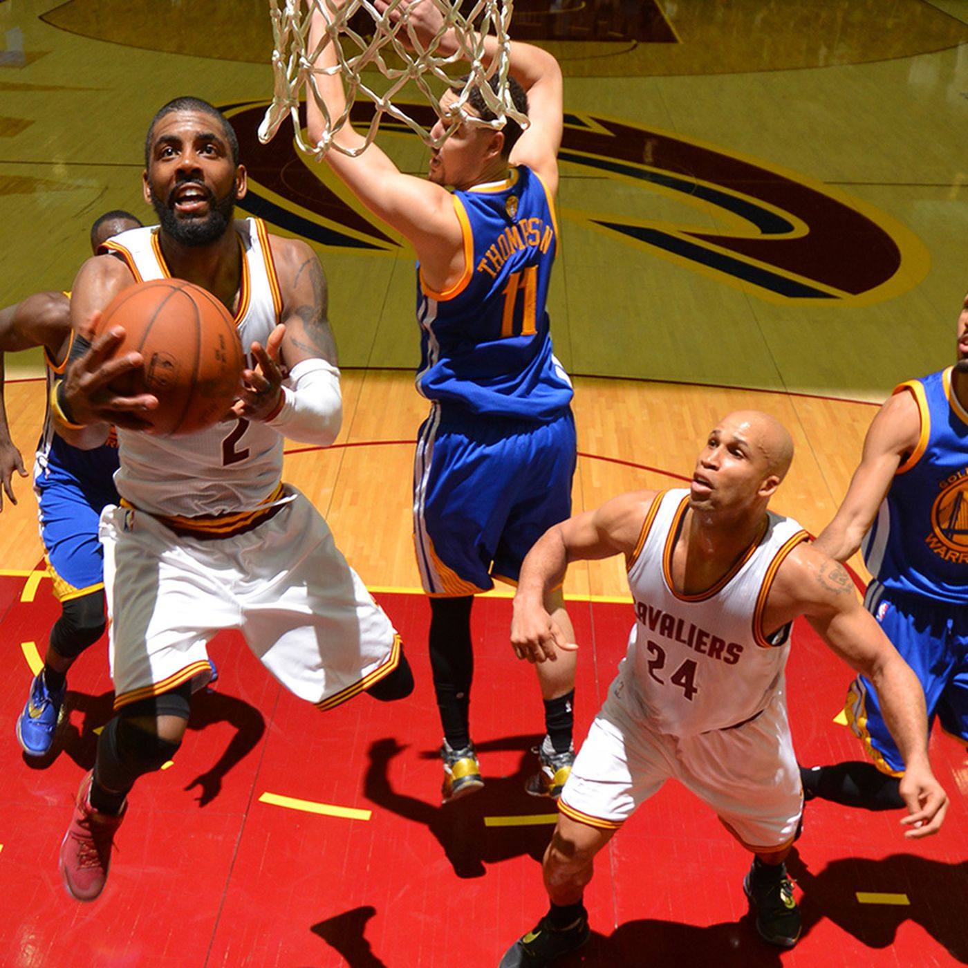 add1219da15 This incredible 2016 NBA Finals documentary could be the future of VR video