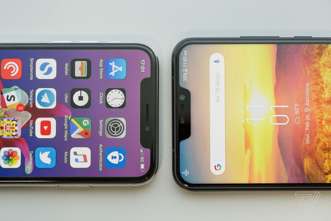 <em>iPhone X and Asus Zenfone 5.</em>