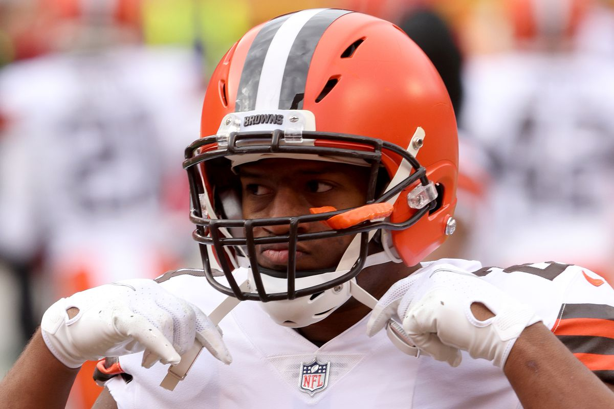 Running back Nick Chubb #24 of the Cleveland Browns warms up prior to the AFC Divisional Playoff game against the Cleveland Browns at Arrowhead Stadium on January 17, 2021 in Kansas City, Missouri.