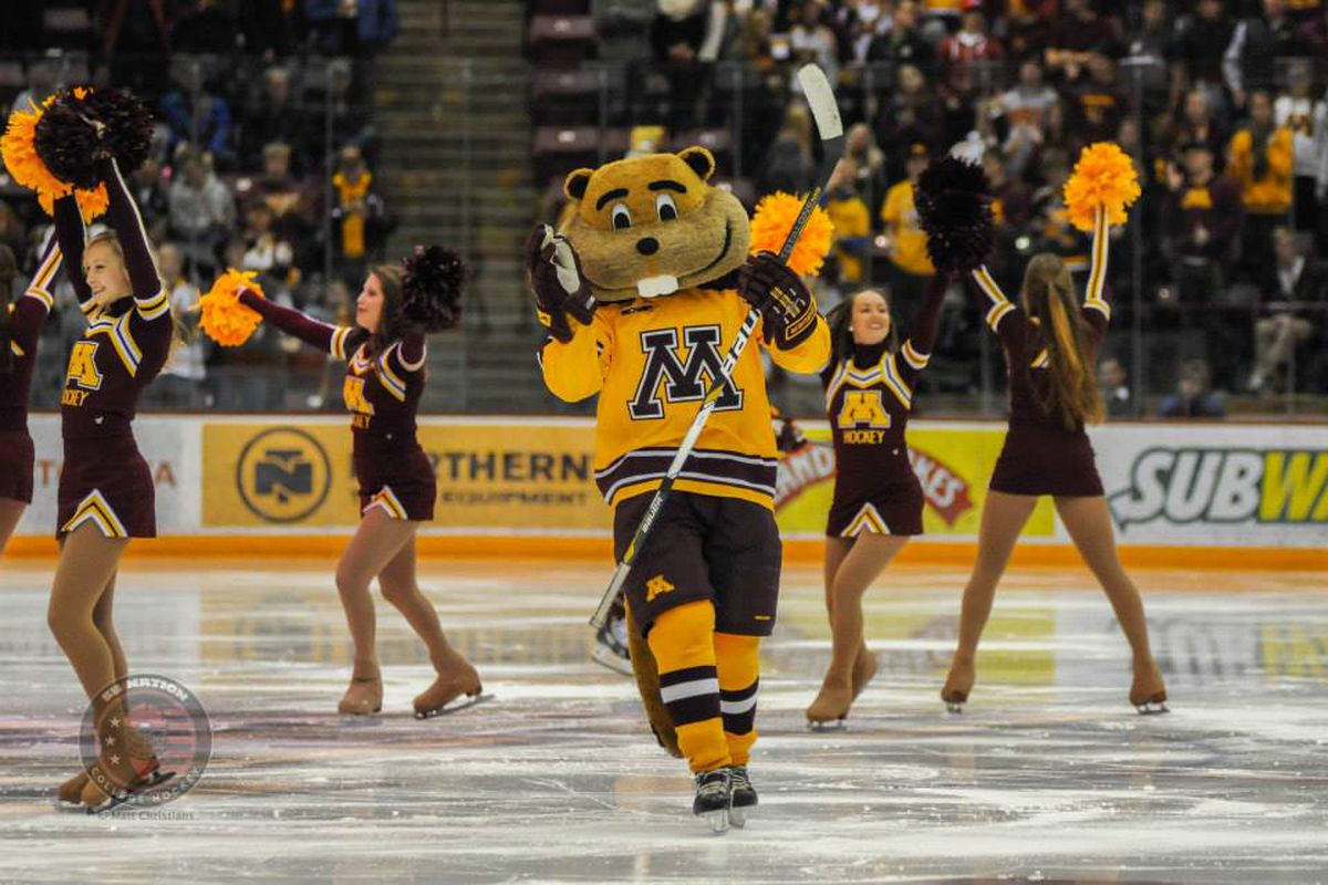 Minnesota Holds Off Niagara for 3-2 Overtime Win