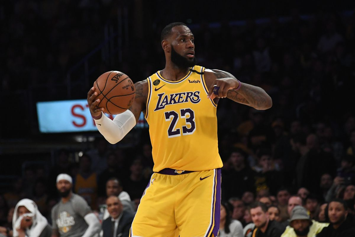 Los Angeles Lakers forward LeBron James looks to move the ball in the second half a Brooklyn Nets at Staples Center.