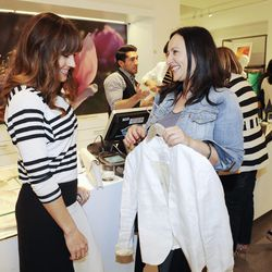 Actress Nikki DeLoach chats with her stylist Hellin Kay