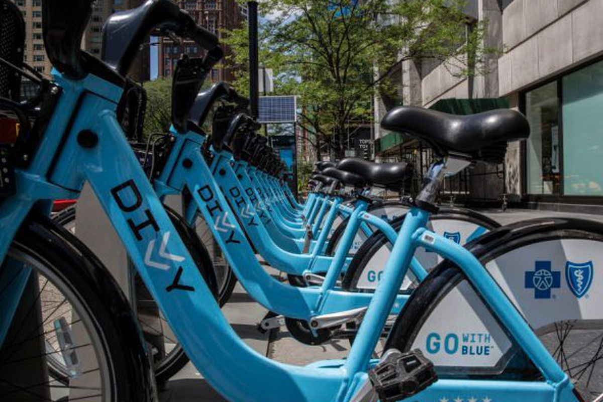 Divvy Bikes returning to service after overnight outage - Chicago