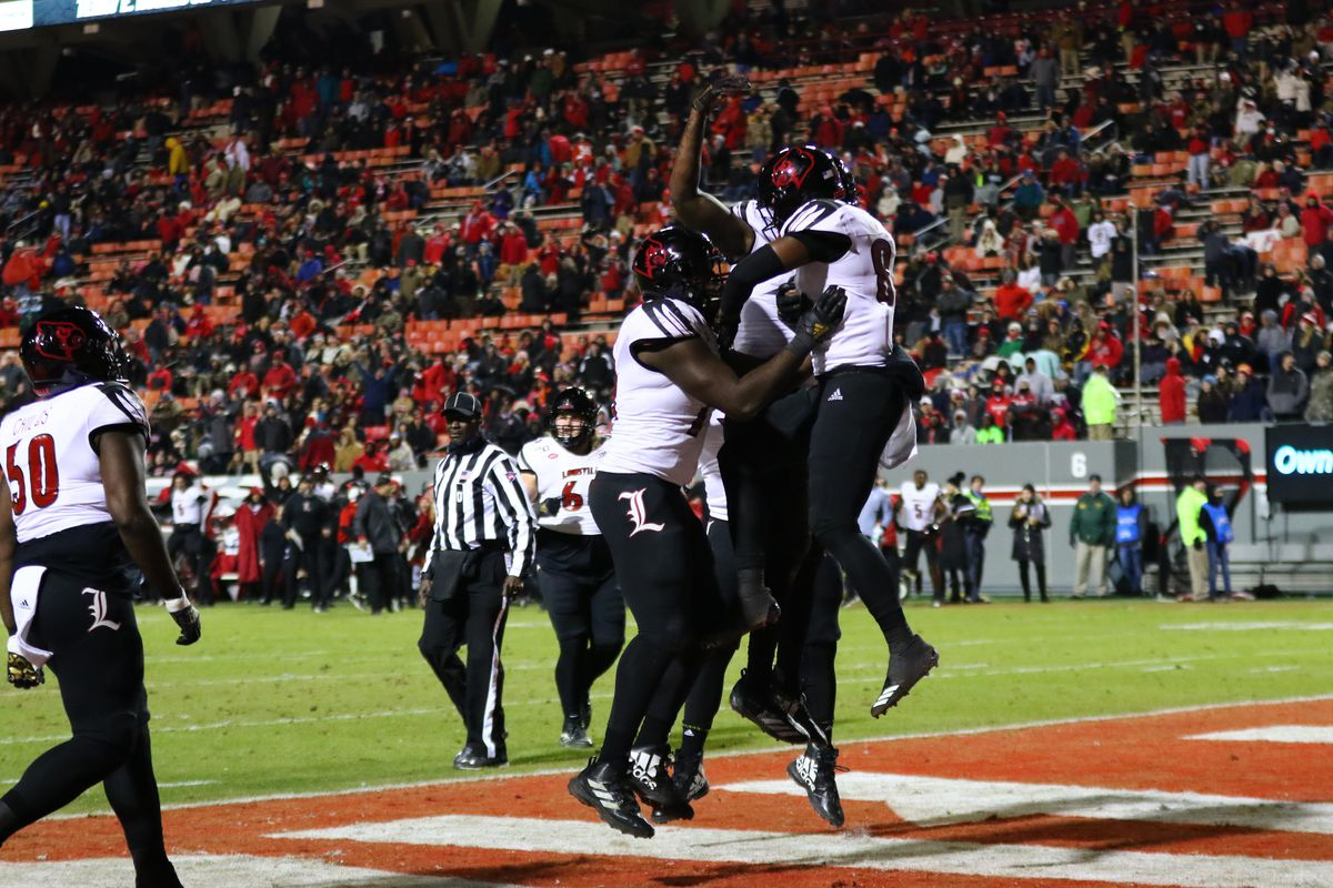 Final bowl projections for Louisville football