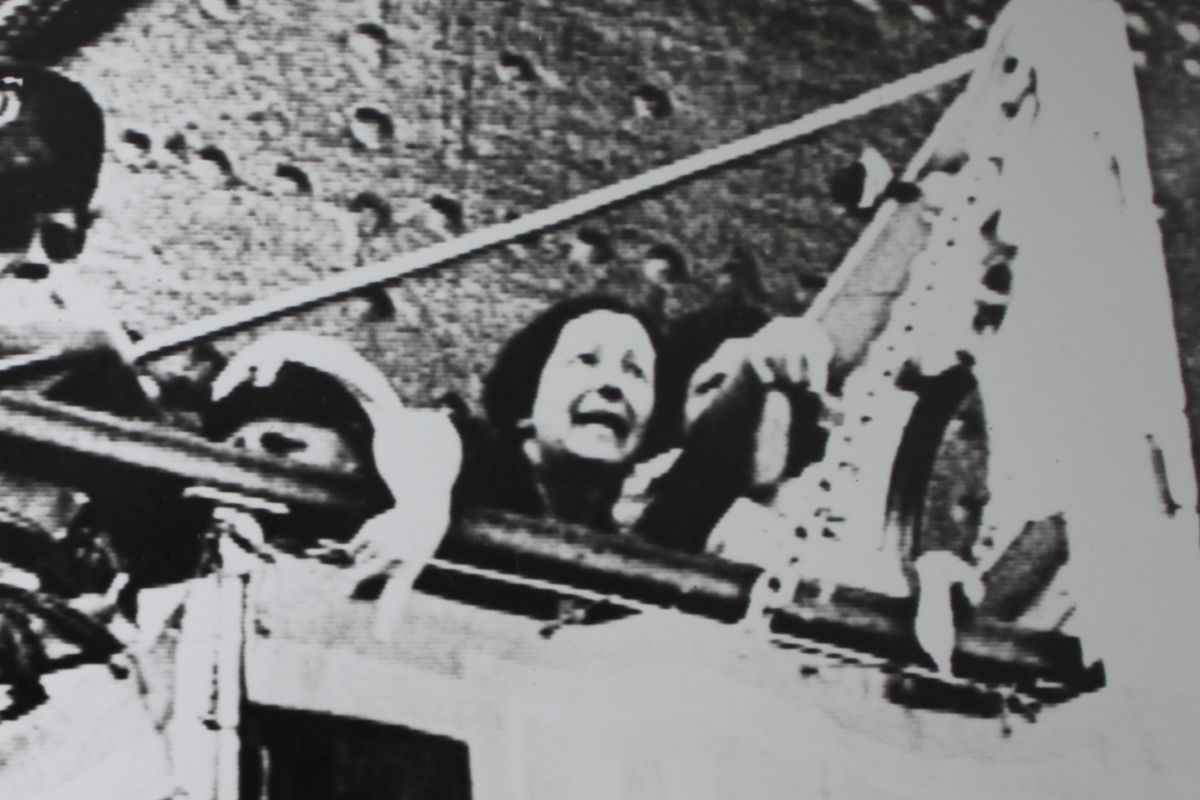 A woman cries as the St. Louis pulls away from Havana, 1939.