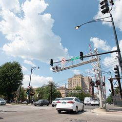 The intersection of Exchange Avenue and 71st Street in the South Shore neighborhood. | Colin Boyle/Sun-Times