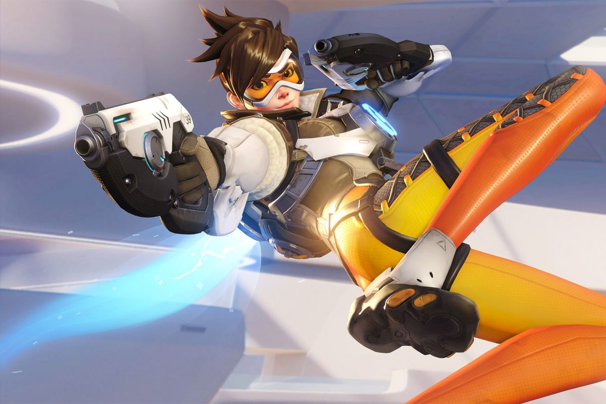 Overwatch's Tracer points her guns in a piece of key artwork