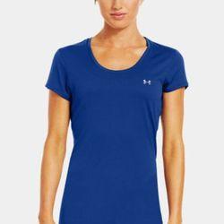 """<b>Under Armour</b> Flyweight t-shirt in blu-away, <a href=""""http://www.underarmour.com/shop/us/en/womens-flyweight-t-shirt/pid1236474-428"""">$29.99</a>"""