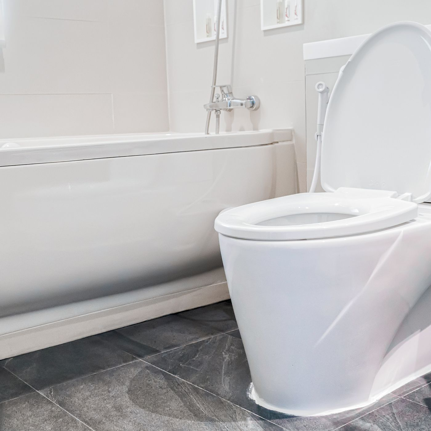 To Unclog A Toilet Without Plunger