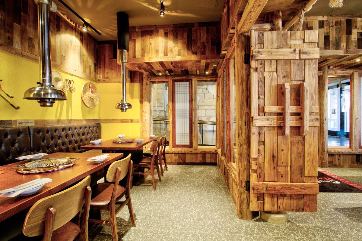 The private dining room at Chosun Hwaro & Nara Teppan