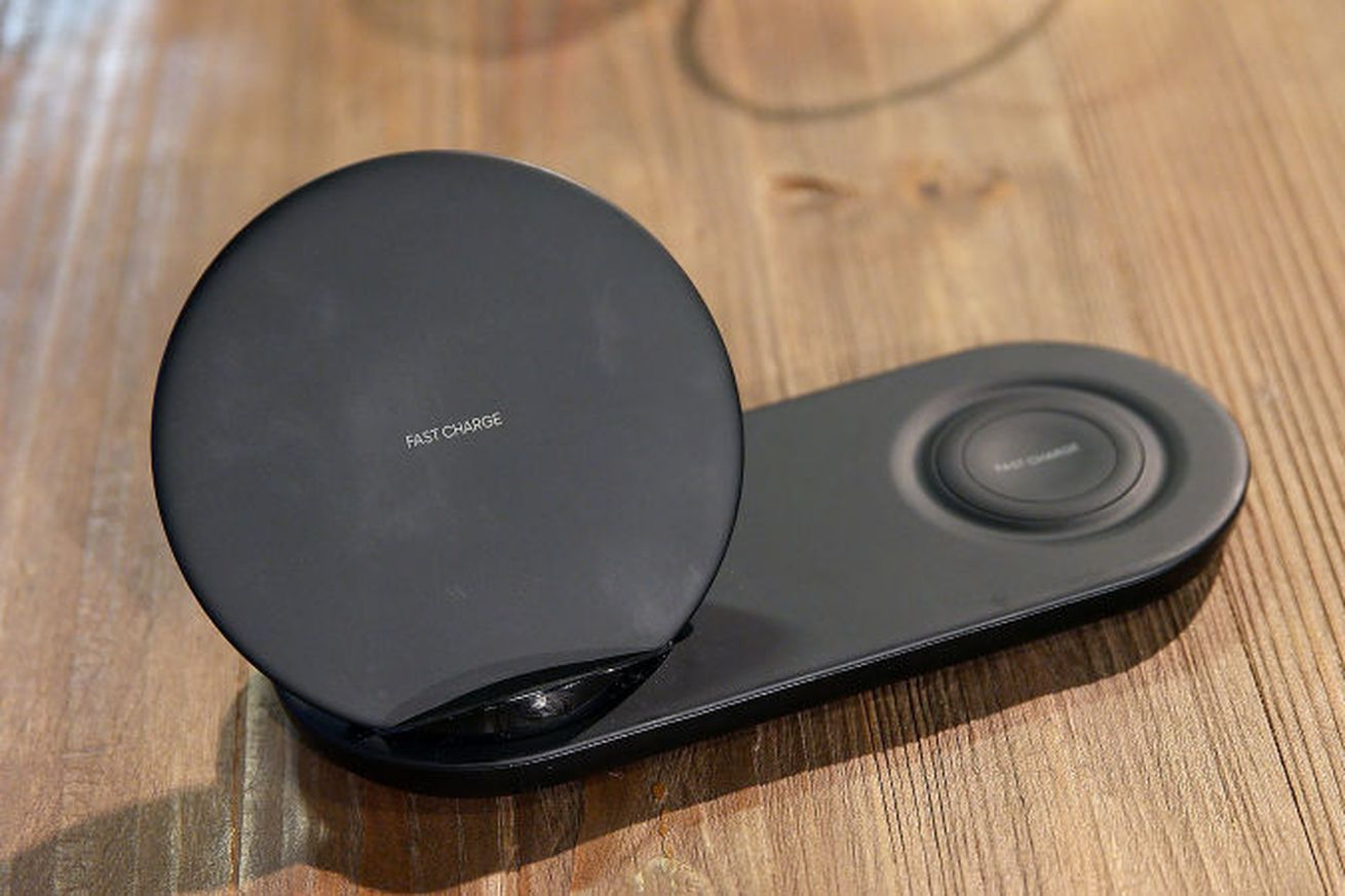 samsung s dual wireless charger leaks a week early at amazon event