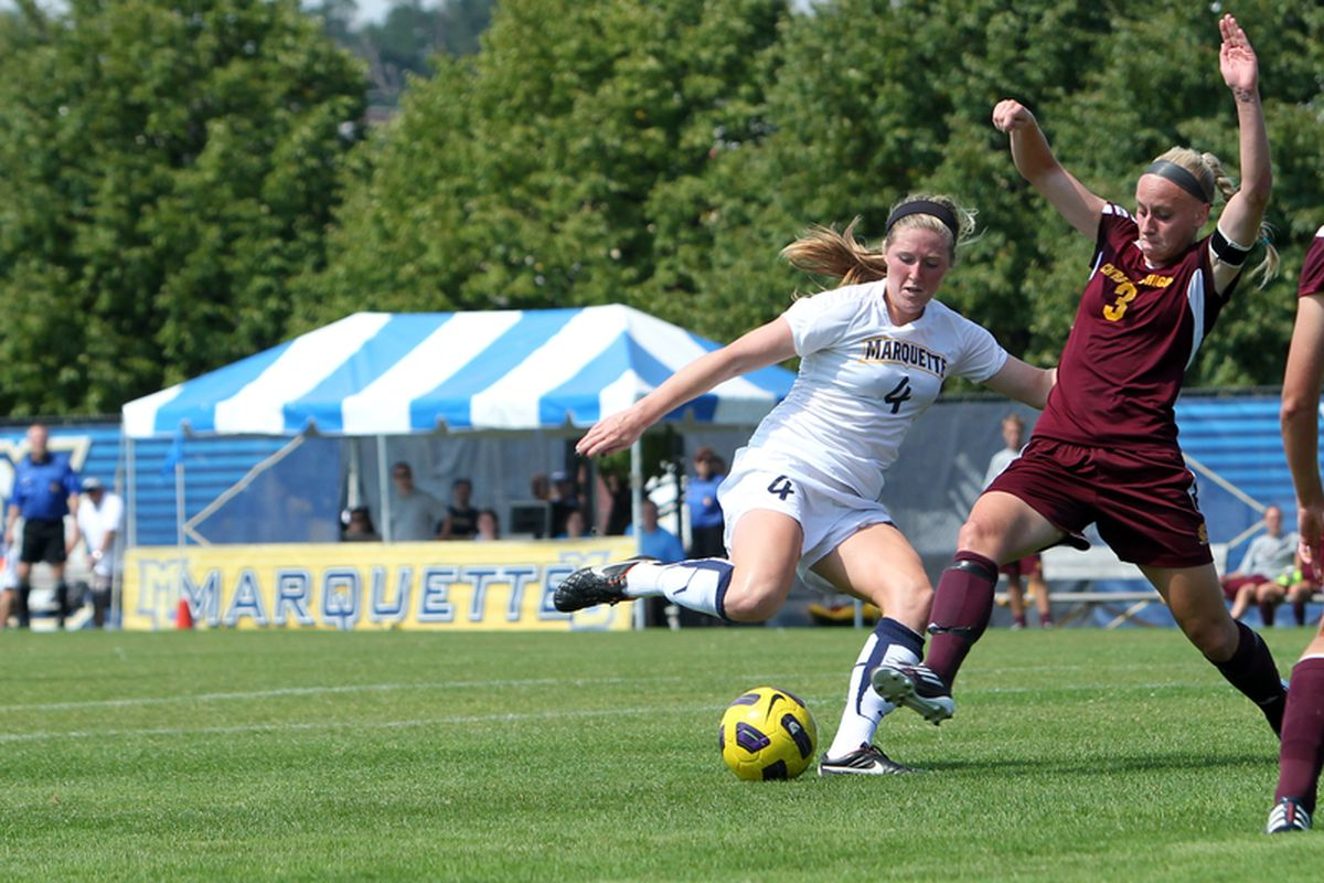 Maegan Kelly (4, seen here against Central Michigan) generated the only offense of the game for Marquette against North Carolina.
