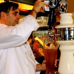 Rainer pours Spaten from the tap.
