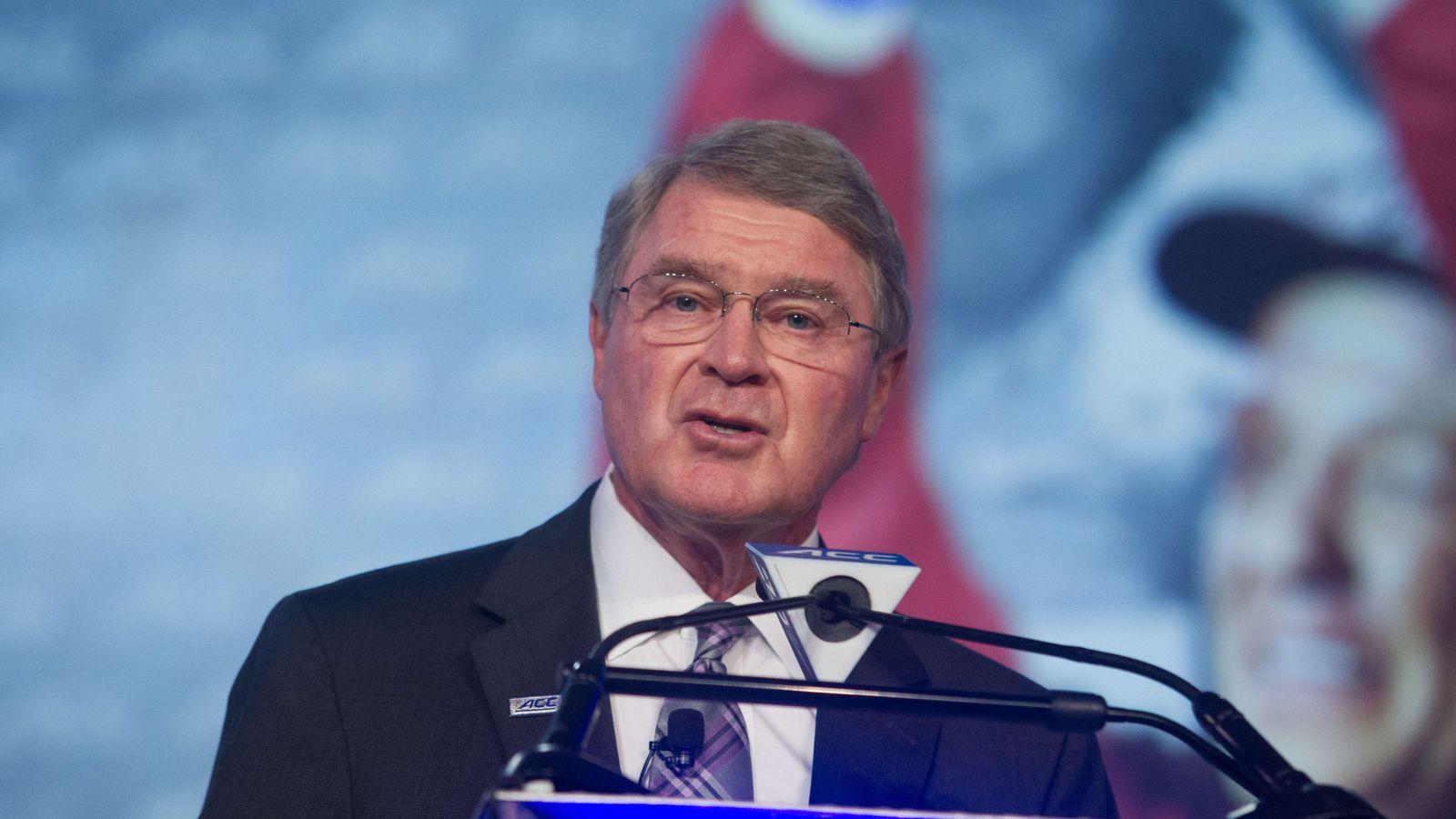 commissioner john swofford spoke - 1200×675