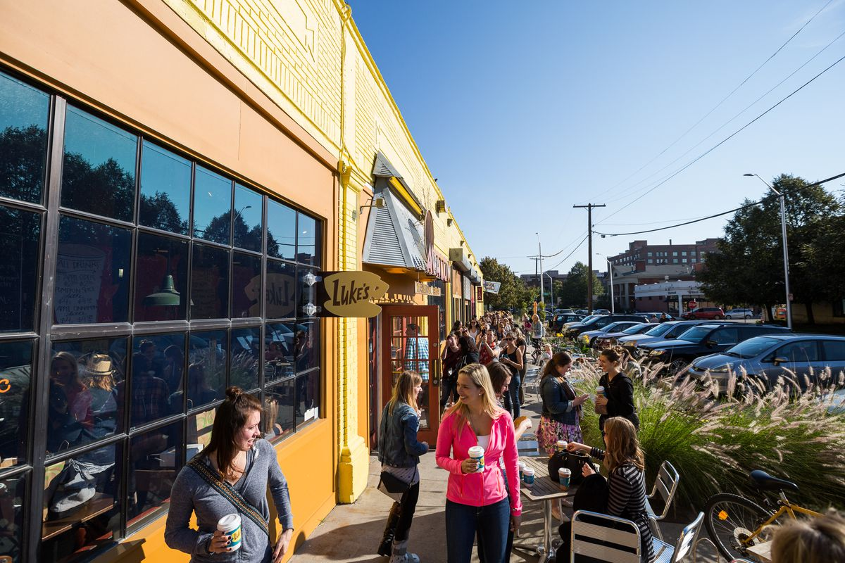 Inside the 'Gilmore Girls' Free Coffee Frenzy at Avalon Bakery in Detroit