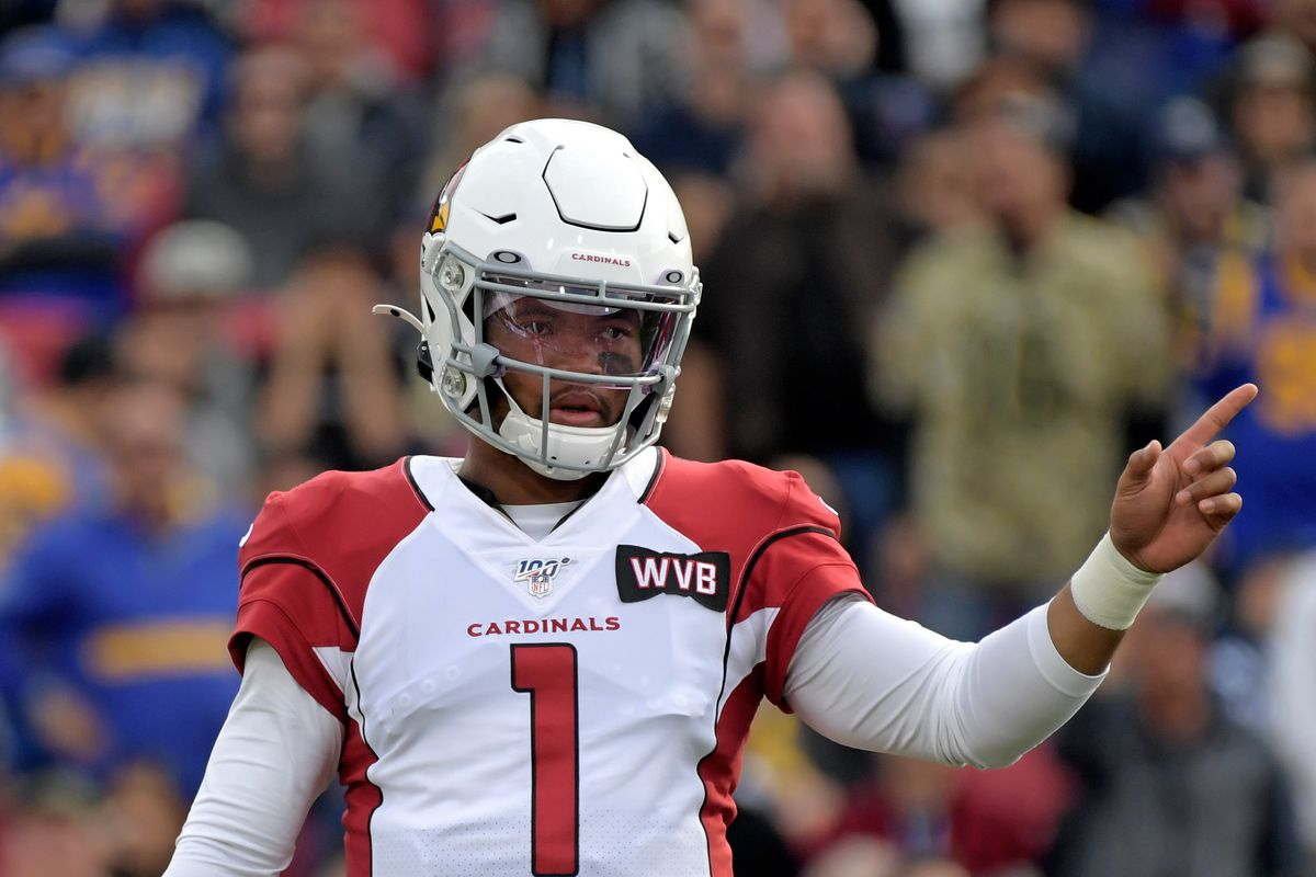 Arizona Cardinals quarterback Kyler Murray reacts near the line of scrimmage against the Los Angeles Rams during the second quarter in the final Rams home game at Los Angeles Memorial Coliseum before moving to SoFi Stadium for the 2020 season.