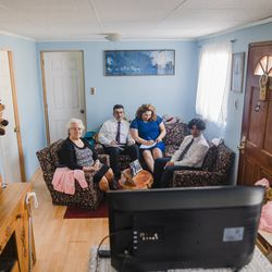 A family in Chile watches a session of the 191st Annual General Conferenceof The Church of Jesus Christ of Latter-day Saints, which was broadcast on April 3-4, 2021.