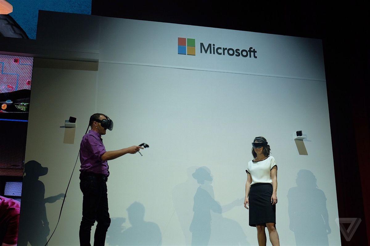 HoloLens HTC Vive