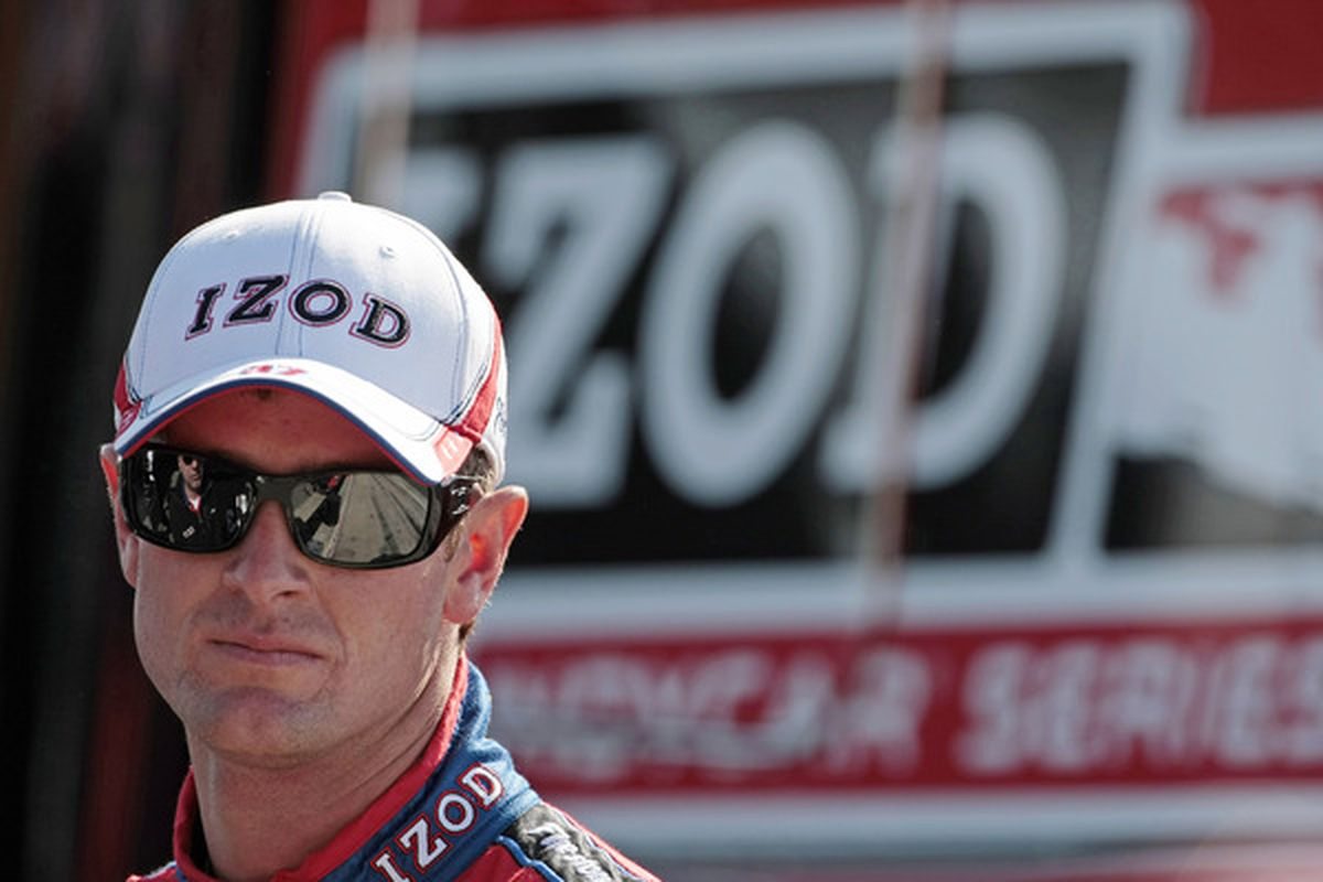 LEEDS, AL - APRIL 11:  Ryan Hunter-Reay, driver of the #37 Team IZOD Dallara Honda, waits for the start of the Indy Grand Prix of Alabama at the Barber Motorsports Park on April 11, 2010 in Leeds, Alabama.  (Photo by Dave Martin/Getty Images)