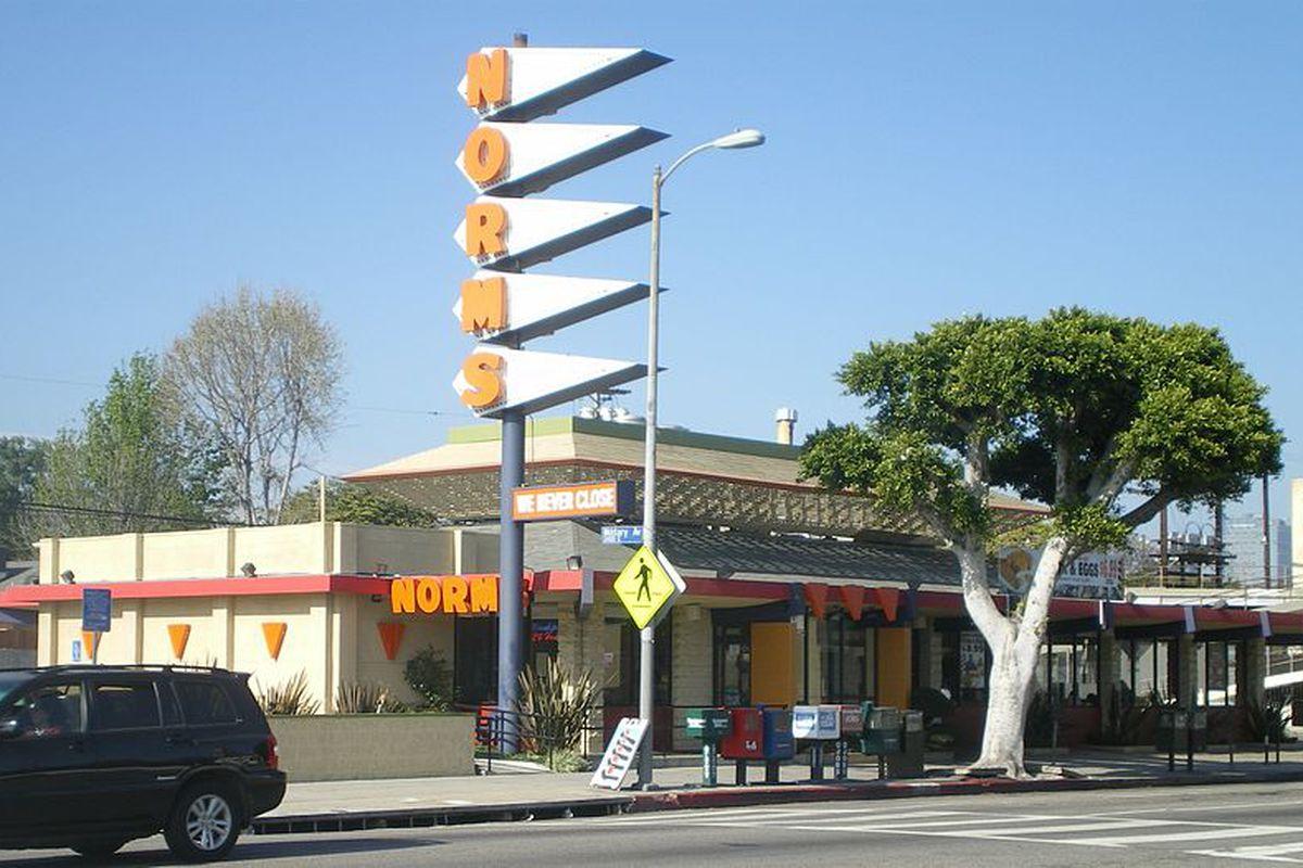 googie style norms on pico boulevard will close for good on christmas eve curbed la. Black Bedroom Furniture Sets. Home Design Ideas