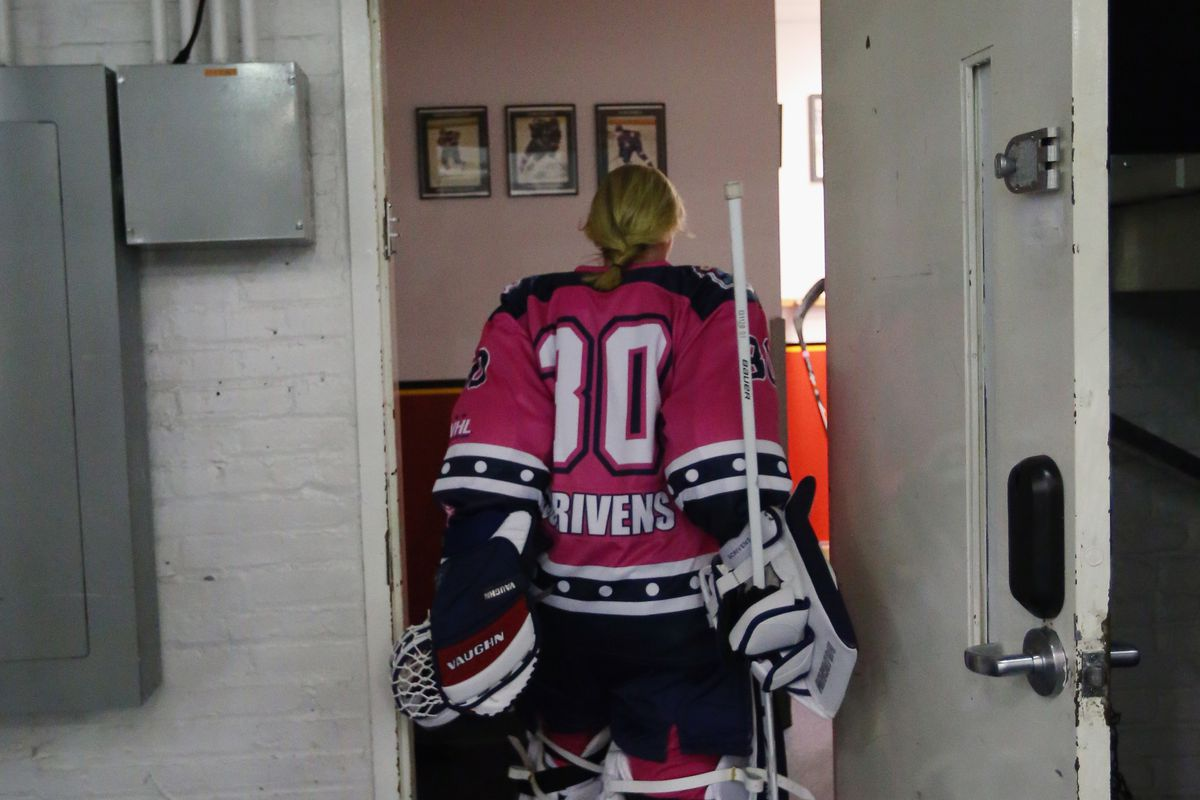 BROOKLYN, NY - OCTOBER 25: Jenny Scrivens #30 of the New York Riveters of the National Womens Hockey League returns to the lockeroom following the seocnd period during the game against the Connecticut Whale at the Aviator Sports and Event Center