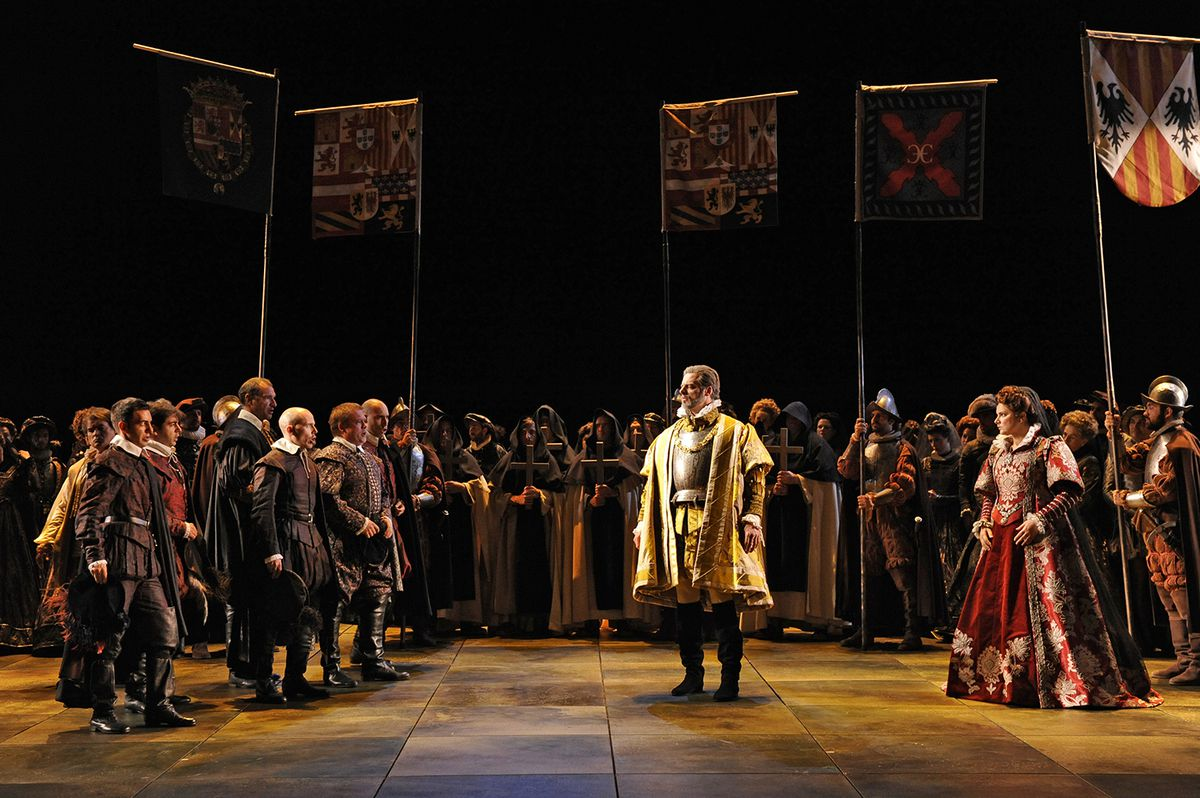 Look at how many people are in this one picture of a production of Don Giovanni. This is epic.