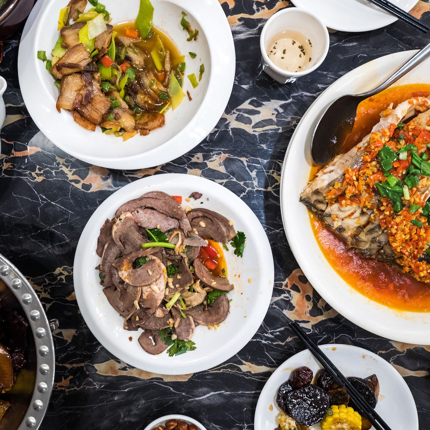 Savor Hunan S Heat And Blandness At Flushing S Wangxianglou Eater Ny