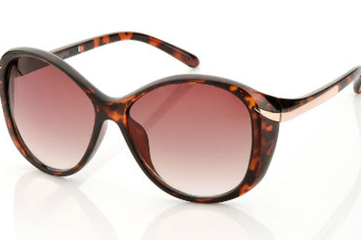"""<a href=""""http://www.stylemint.com/shirts/rodeo"""">The Rodeo</a> in Tortoise"""