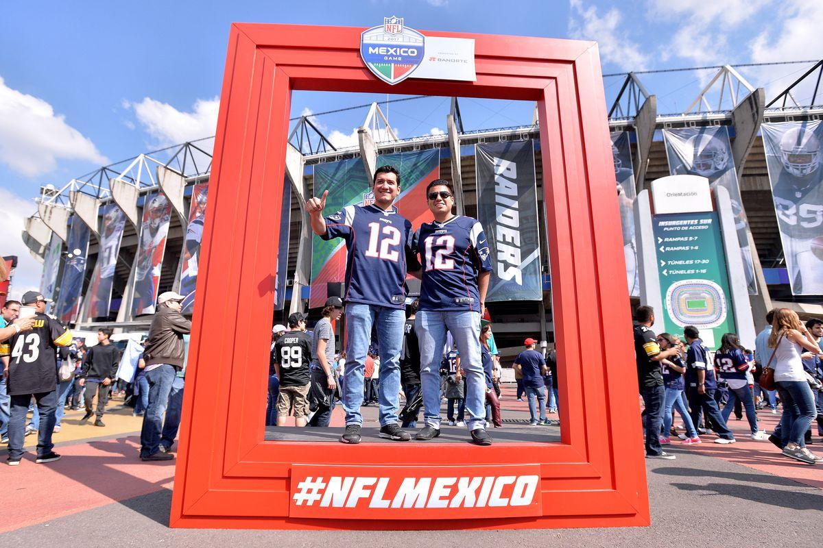 NFL: New England Patriots at Oakland Raiders