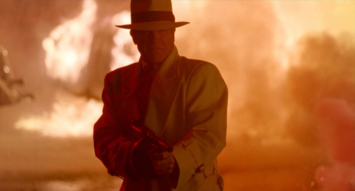 Dick Tracy's third act features some amazing action.