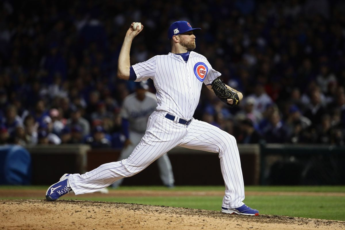 Wade Davis agrees to 3-year, $52M deal with Rockies