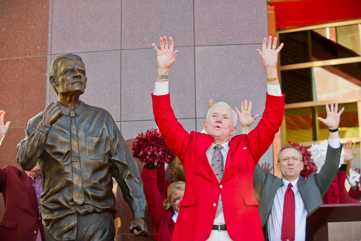 A video of Frank Broyles was used as evidence to attorneys at the USPTO