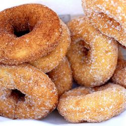 """Donuts by <a href=""""http://www.flickr.com/photos/dereklo/6253607055/in/pool-29939462@N00/"""">dlothebigasian</a>."""
