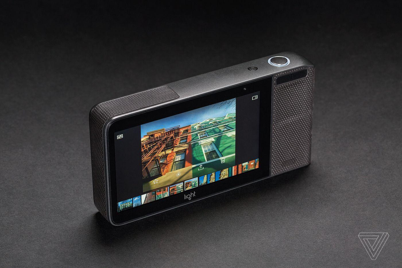 Light L16 camera review: futuristic frustration - The Verge