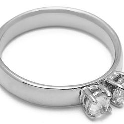 """<b>Alex and Chloe</b> Liz sterling silver ring with inverted white diamonds, $860 at <a href=""""http://www.alexandchloe.com/online_shop/product_info.php?cPath=26_30&products_id=2102&osCsid=260af112c5edcaceac2561bd1a2e988d""""target=""""_blank"""">Alex and Chloe</a>."""