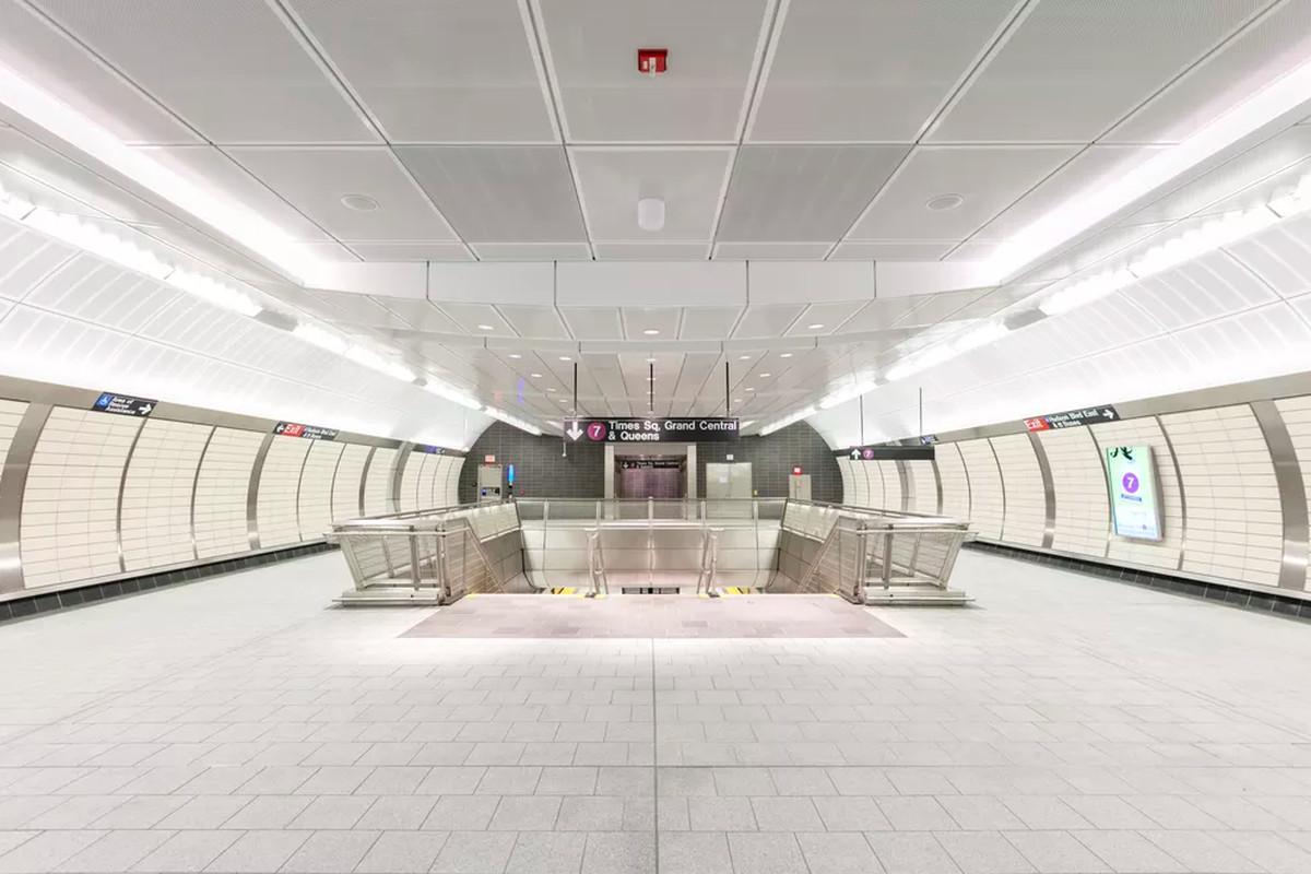 Hudson Yards Train Station