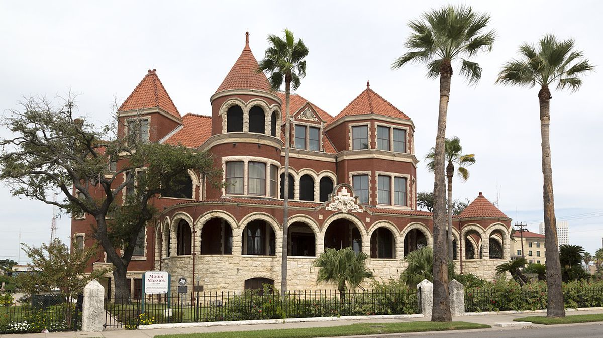 The Glories Of Galveston, A Victorian Playground On The