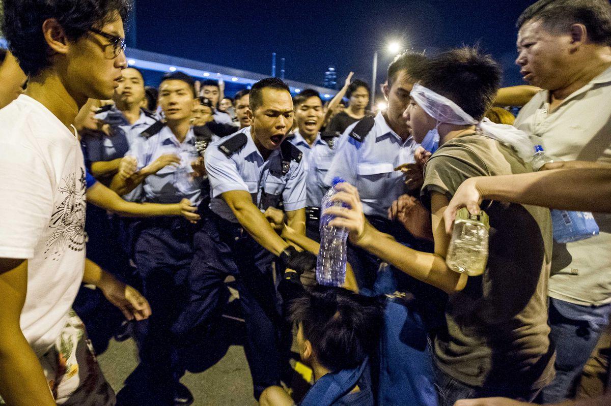 Riot police Hong Kong