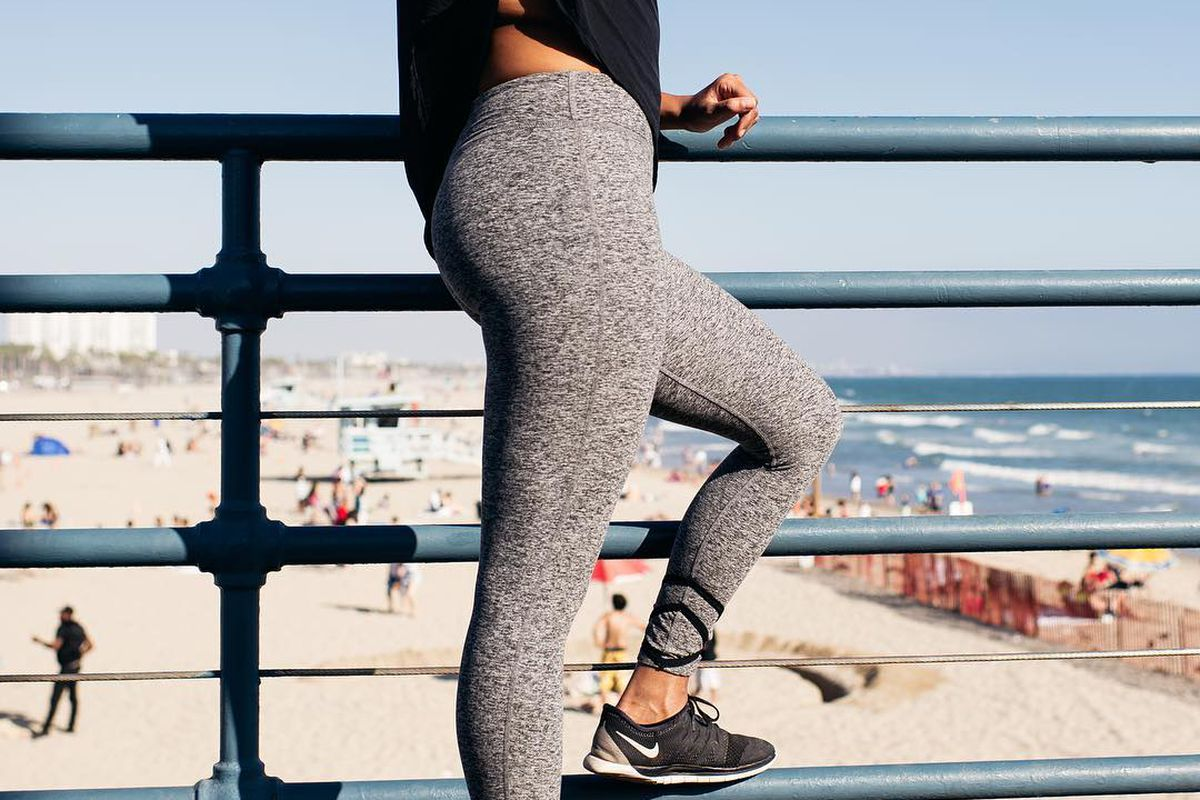 b3817a0a8e5ec Beyond Yoga Leggings Changed My Mind About Expensive Activewear - Racked