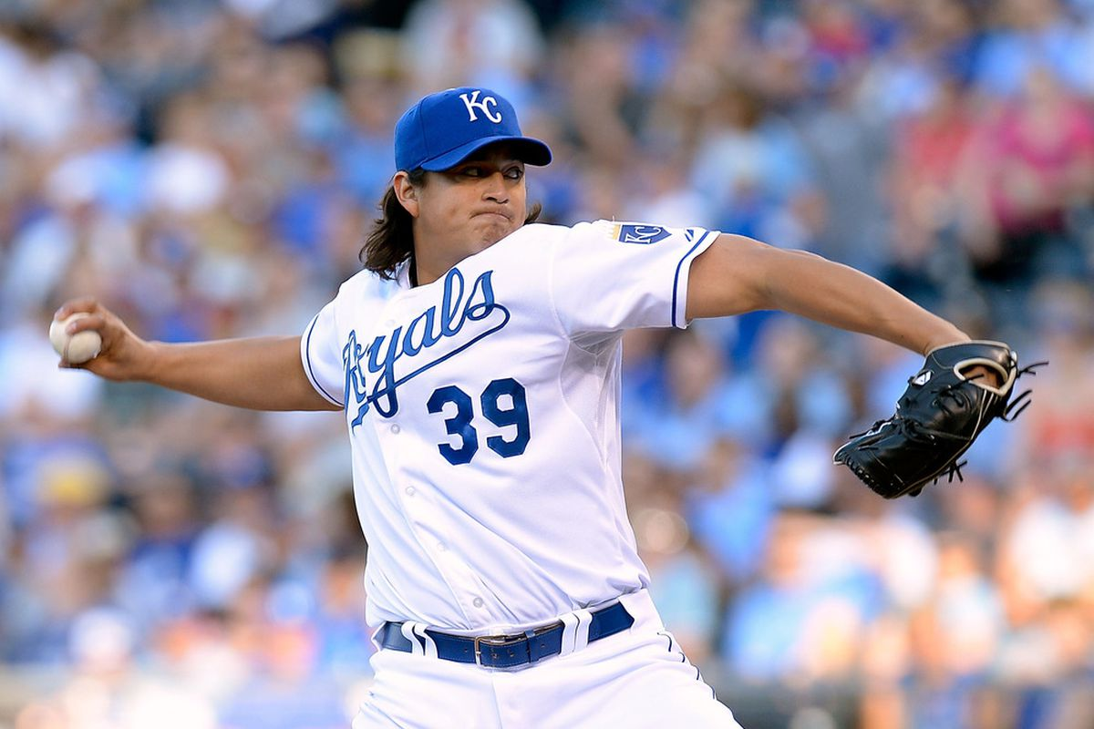 KANSAS CITY, MO - JUNE 12:  Starting pitcher Luis Mendoza #39 of the Kansas City Royals pitches during the 1st inning of the game on June 12, 2012 at Kauffman Stadium in Kansas City, Missouri.  (Photo by Jamie Squire/Getty Images)