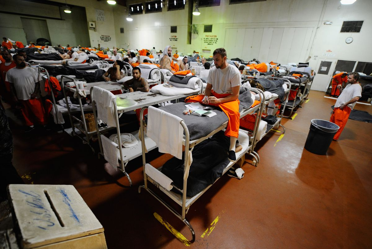 california prison crowded